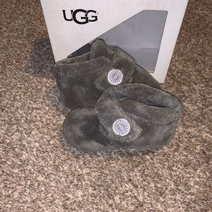 Baby ugg slippers